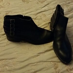 Gorgeous franco sarto black leather booties